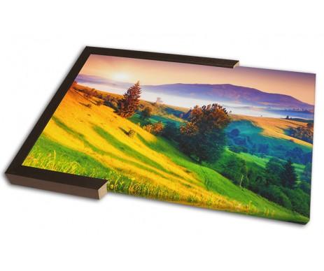 Fotoobraz na klasickém bavlněném plátně má přirozeně věrné barvy, nízkou cenu i bez akce a lze k němu mít i ozdobný rám.